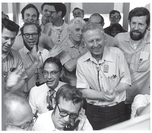 Louis Rosen and LANSCE researchers
