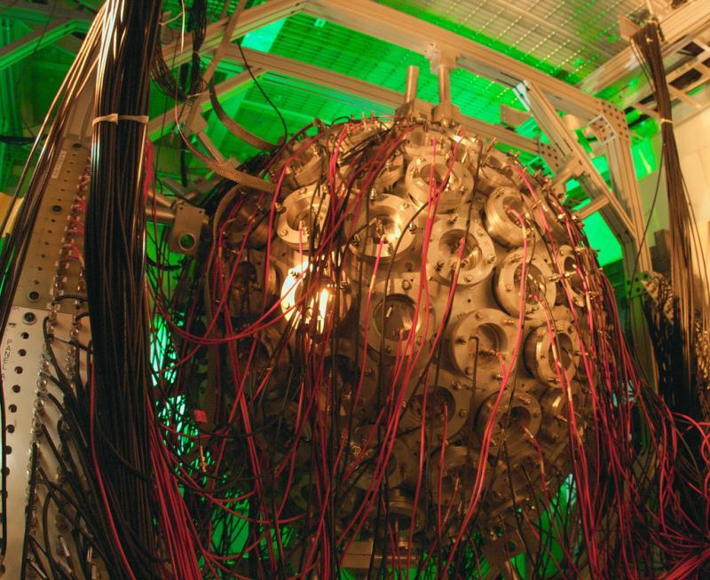 The DANCE detector at Los Alamos